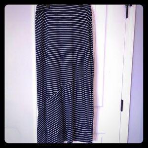 Sonoma maxi skirt size small